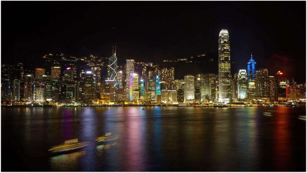 研究生 2014 年暑假的一趟點數旅行: BA 9,000點兌換台北香港來回機票 + IHG 45,000兌換洲際飯店 + Hyatt 信用卡續卡禮兌換 凱悅尖沙咀(拍攝至香港洲際飯店海景套房)