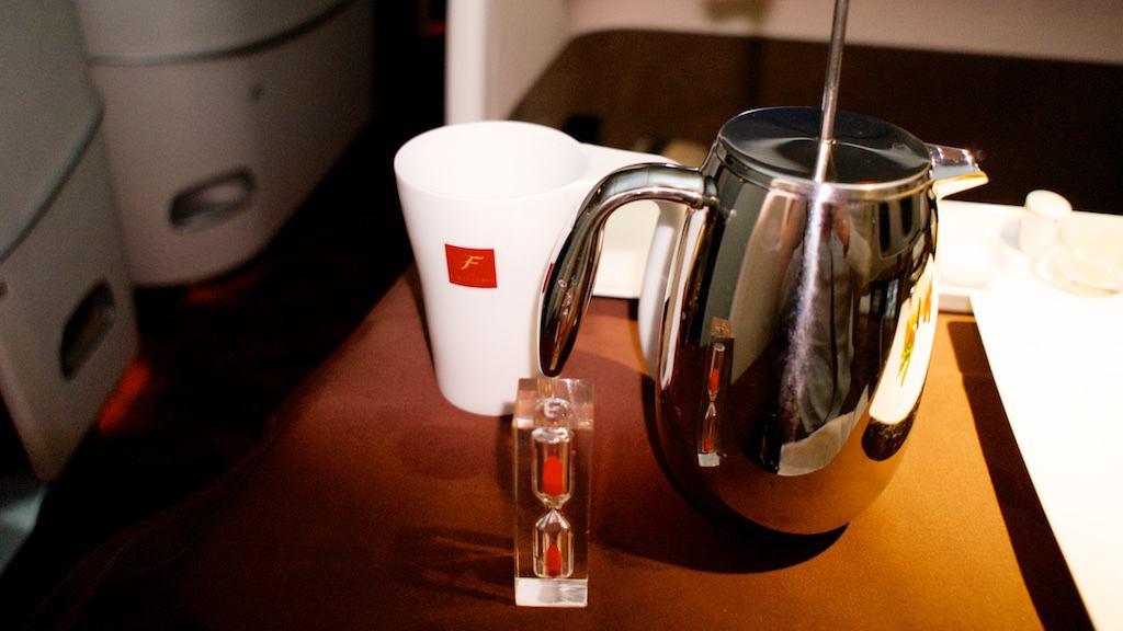 加上一個沙漏,咖啡壓下去的時間就準確無比了。