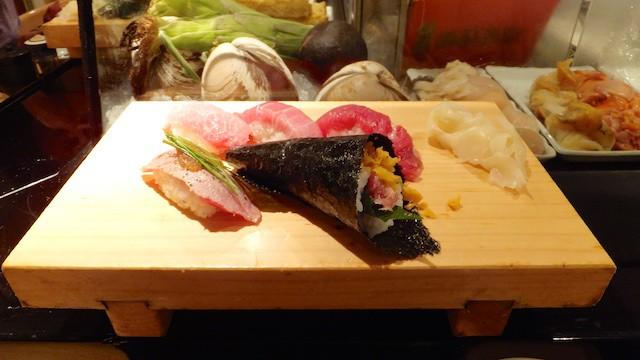 在東京絕對不會錯過的美食 --- 生魚片