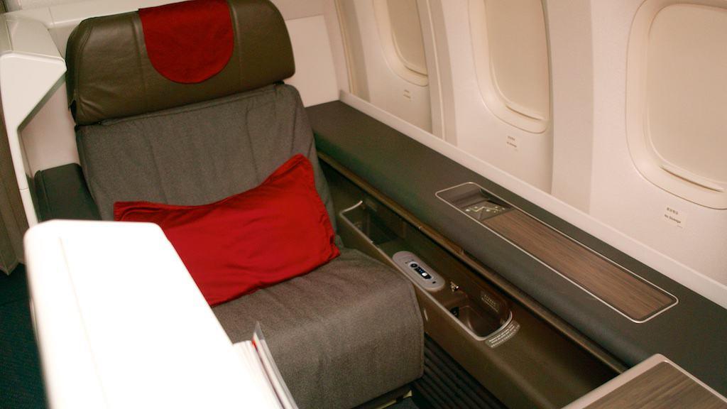 國航 B777-300ER 頭等艙