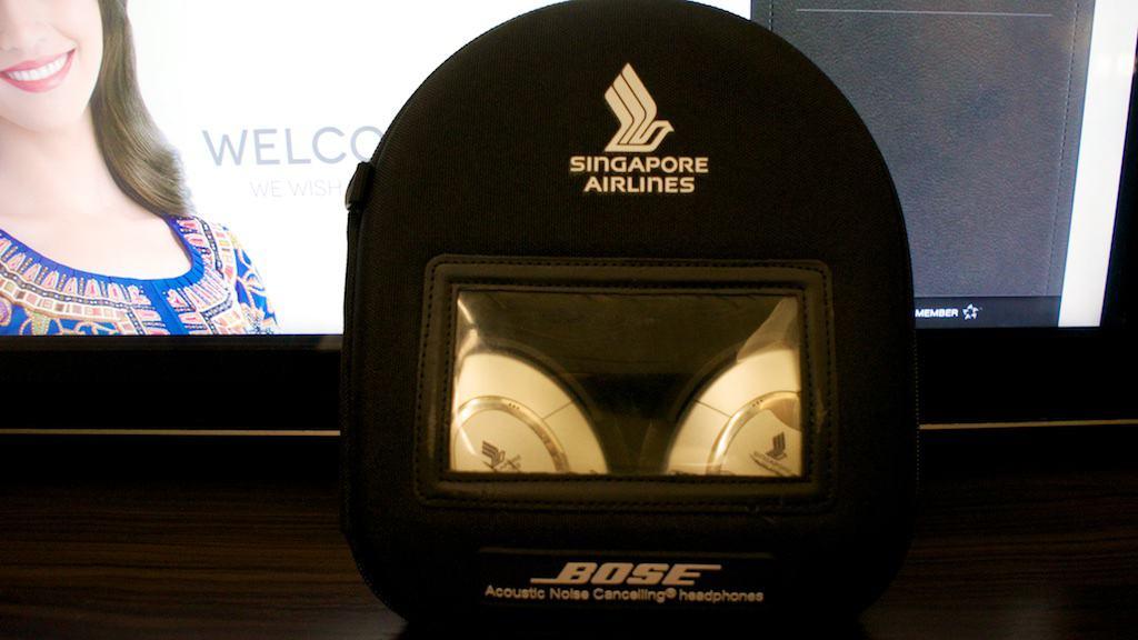 與多家航空公司頭等艙產品類似,採用Bose的防噪耳機