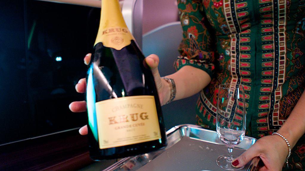 新航頭等艙提供唐培里儂和Krug兩款香檳