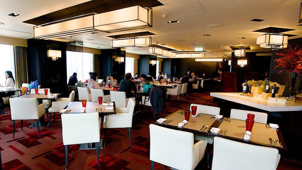 台北遠企馬可波羅餐廳一景