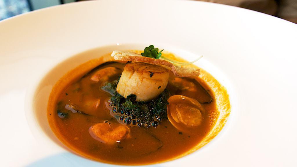 今天的每日例湯是海鮮湯,算是誠意十足啊