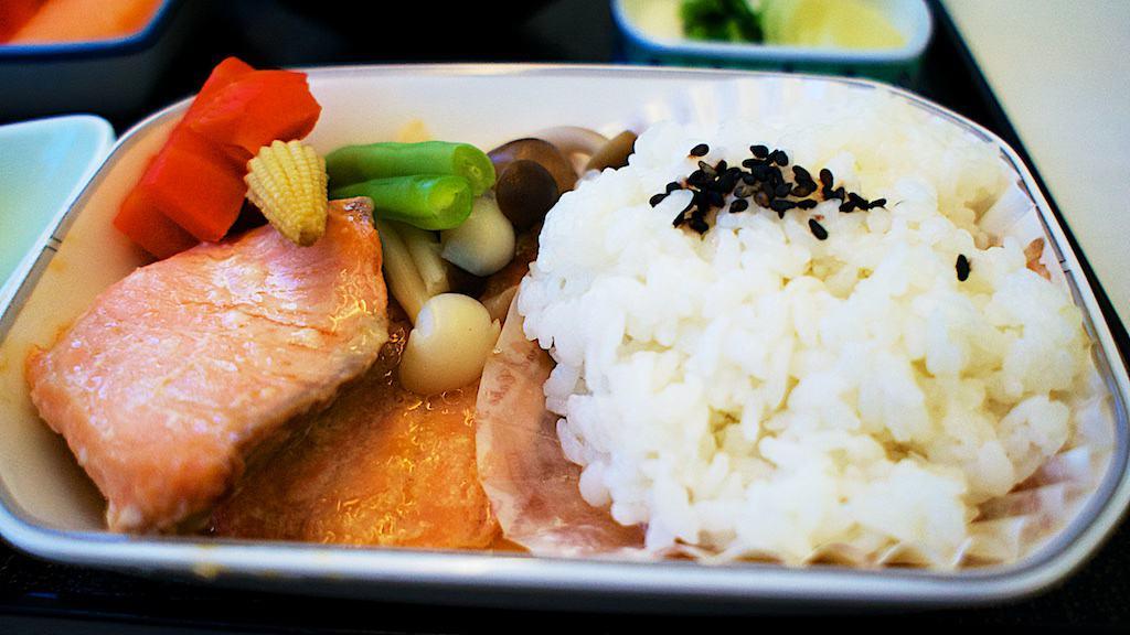 JL816 午餐主菜