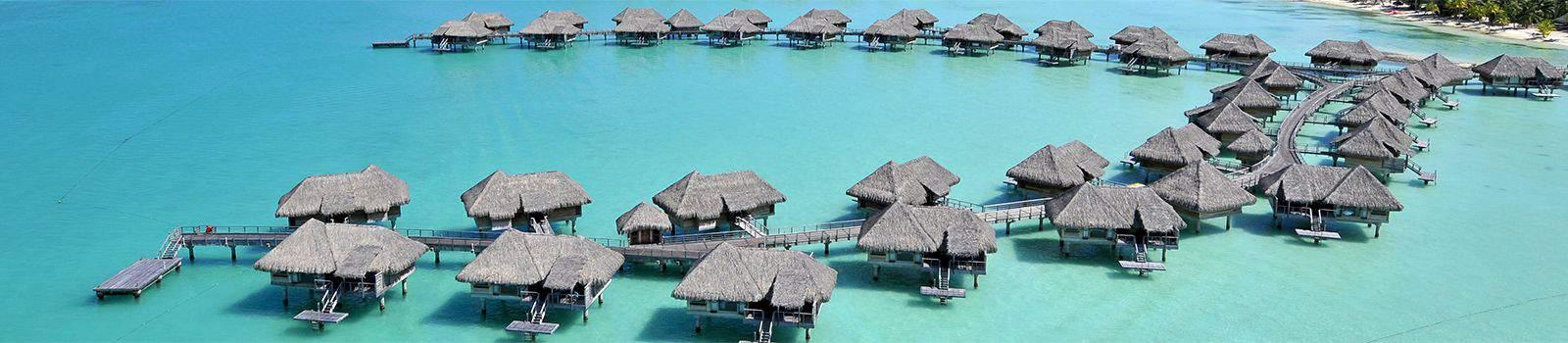 大溪地 Bora Bora的水上屋因為用點數就可以換到,已經另類成為點數玩家的目標(圖片截至官網)