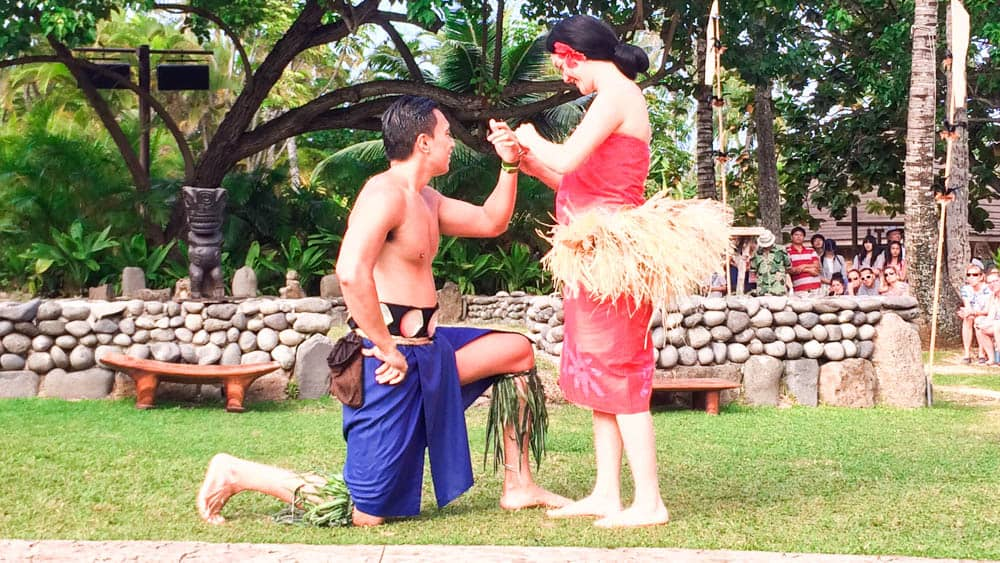 夏威夷玻里尼西亞文化中心的重頭大戲-大溪地的婚禮(研究生的點數旅行筆記)