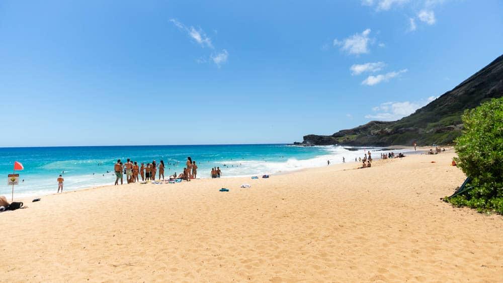 從 Waikiki 開車 15 分鐘,遠離人群的Sandy Beach(研究生的點數旅行筆記)