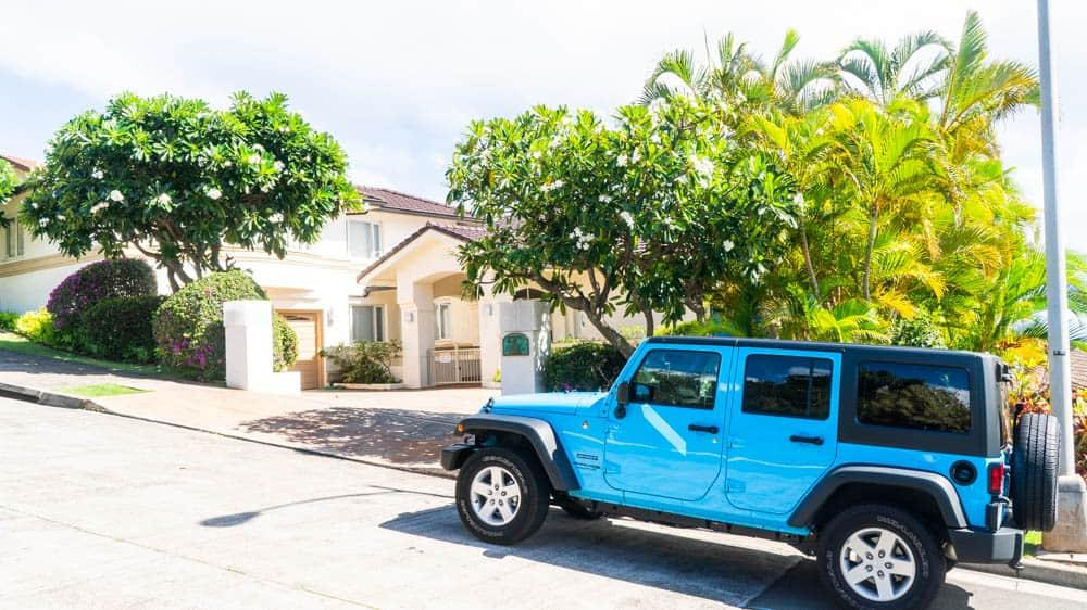 研究生在夏威夷租的藍色吉普車(攝於日本知名影集【雙層公寓】拍攝地)